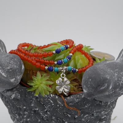 bracelet élastique 3 tours /collier en cornaline,howlite turquoise, lapis lazuli, 6 mm avec trèfle